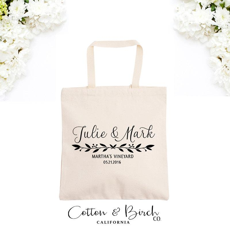 Wedding Gift Bag Ideas: Personalized Wedding Tote Bag // Wedding Guest Bag