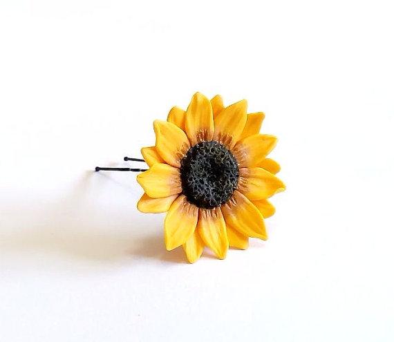 Свадьба - Large Sunflower Hairpin. Big Sunflower Hairpin . Sunflower Hair Clip . Summer Hair Accessories, Yellow Flower Hair pin, Wedding Hair Flower