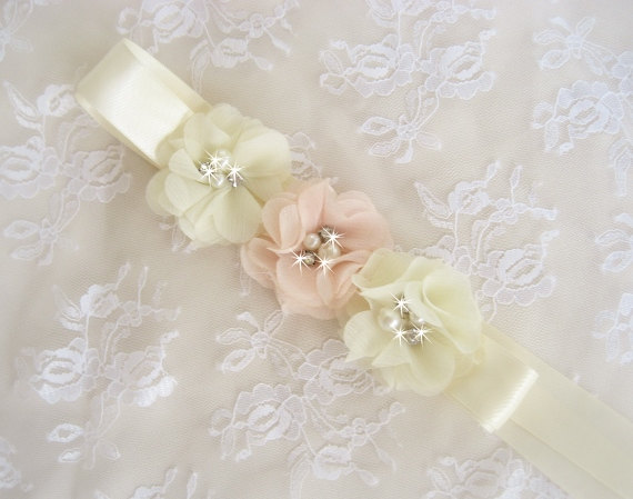زفاف - Blush Flower Girl Sash Chiffon Blossoms Satin Sash Wedding Sash Bridal Sash