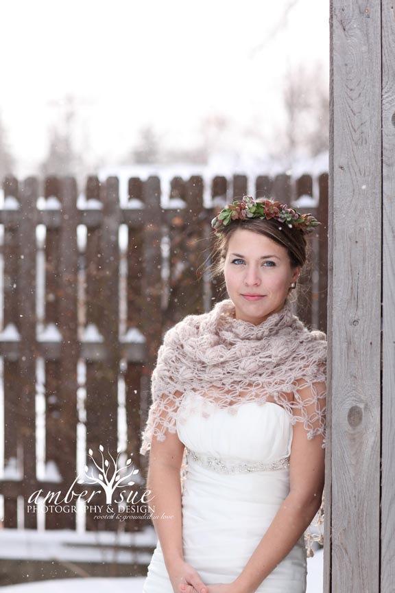 Mariage - Bridal Shawl, Ivory Bridal Shawl, Bridal Shrug Bolero, Winter Wedding, Rustic wedding,White Bridal Shawl,Wedding Bolero,Bridesmaid Shawl