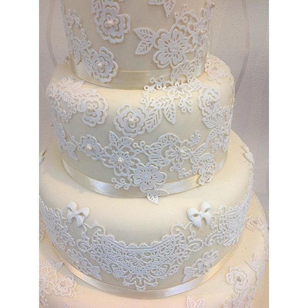 Свадьба - 11 Edible Cake Lace Rose Panels for Weddings, Engagement, Anniversary, Birthdays, Bridal Shower, Party, Cake Decoration and Cupcakes Toppers