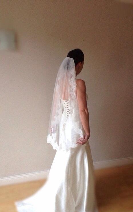 Hochzeit - Ivory Lace wedding veil, ivory fingertip lace veil, Paige