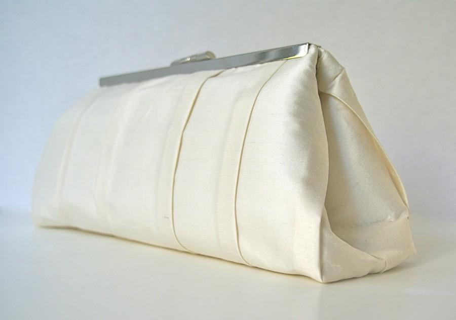 Mariage - Ivory Wedding Handbag Clutch for Bride or Bridesmaids in Ivory Silk Duponi with pleats