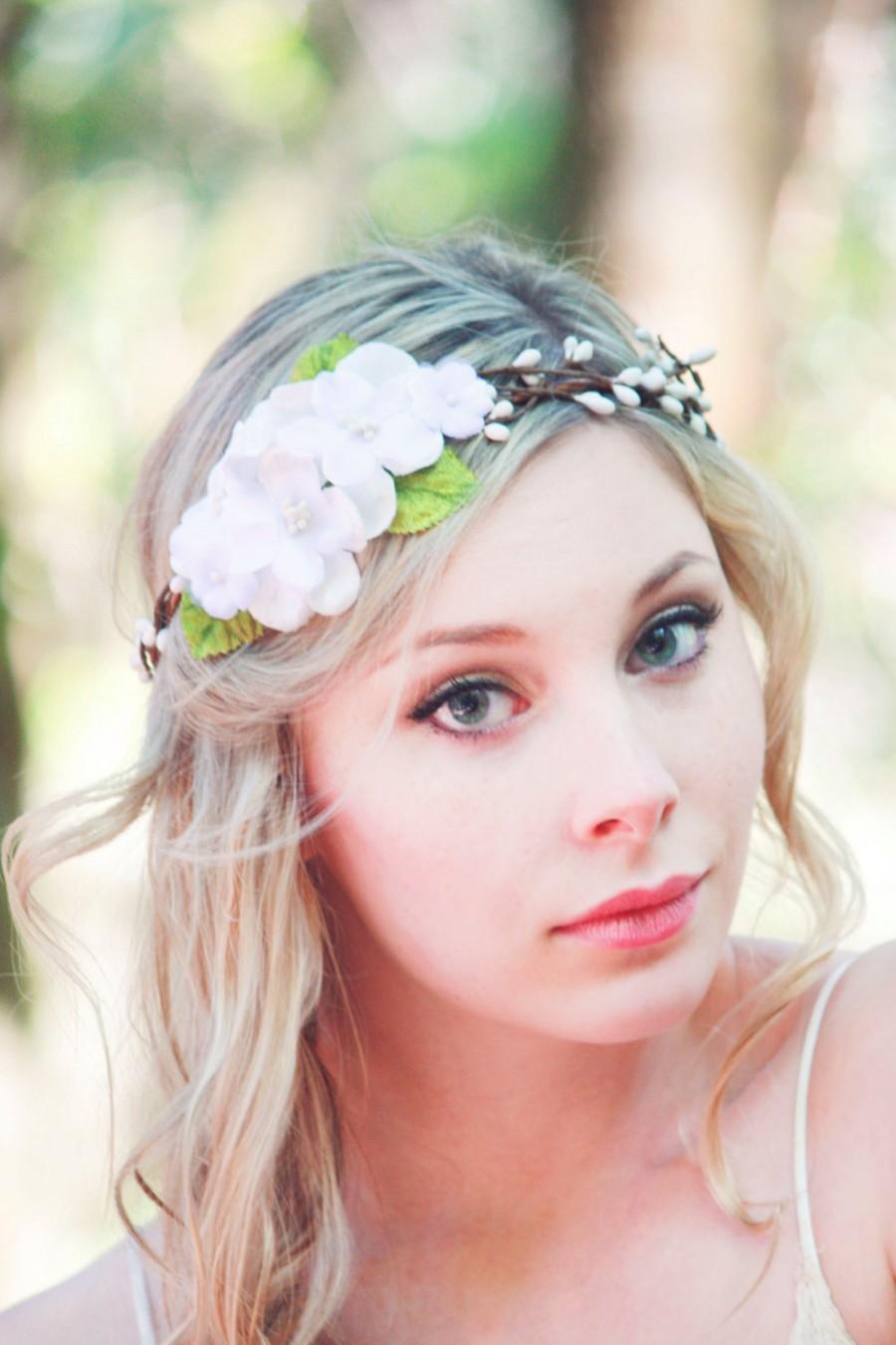 Свадьба - white flower hair crown, bridal flower headpiece, flower hair wreath, flower crown, white wedding hair accessories