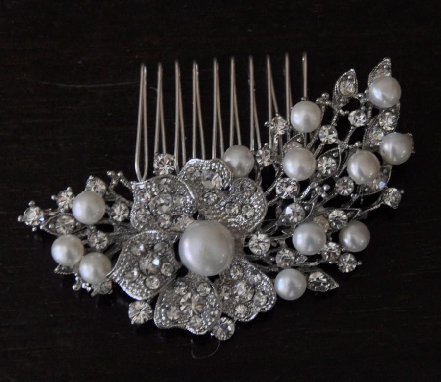 Wedding - Fresh waters Pearls bridal Comb , Bridal Hair Comb, wedding comb,bridal head piece,Pearly  Bridal Comb,winter wedding, crystal comb ,