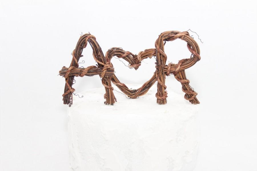 Mariage - Rustic Cake Topper - Personalized Initials - Heart - Grapevine - Print Wrap Style