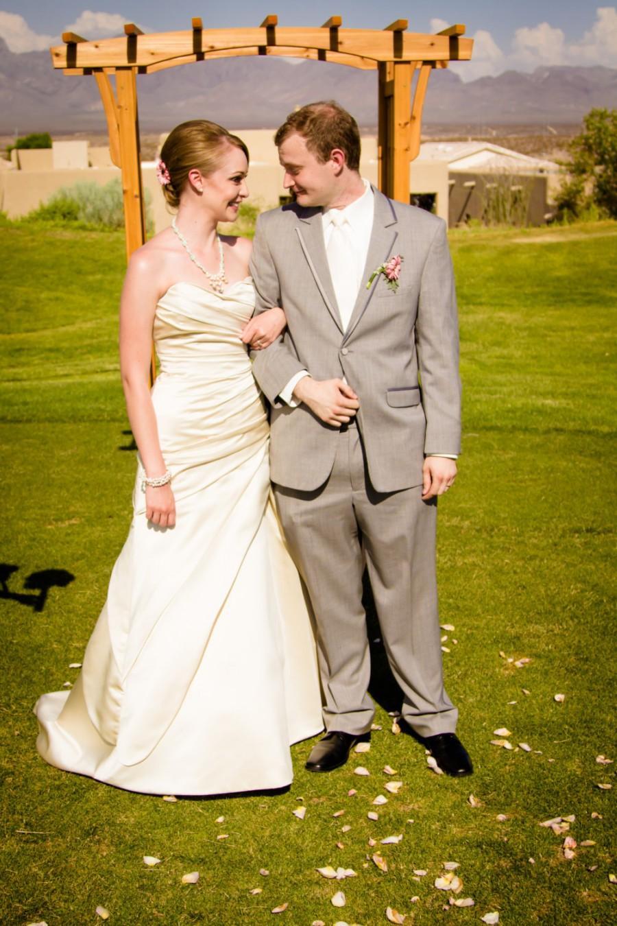زفاف - Made in USA Custom Made Wedding Gown Asymmetrical White One Tigris Satin Rusched  Inspired with Sweetheart Neckline Misses Plus Size
