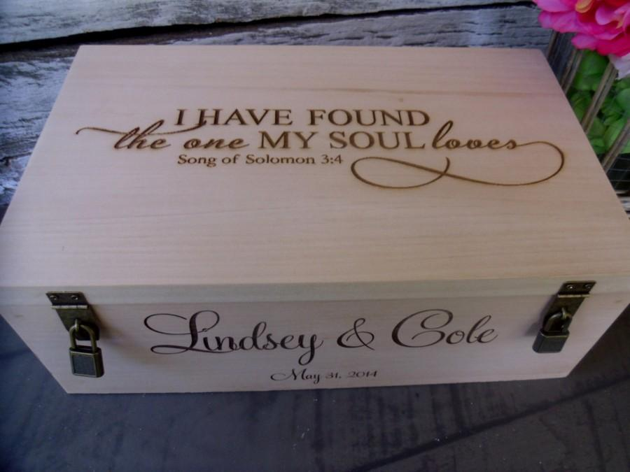 Mariage - Wine Box for Rustic Wedding Ceremony or Gift for Two Bottles with Engraved I Have Found the One Whom My Soul Loves