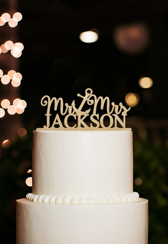 Mariage - Nautical Wedding Cake Topper,Mr and Mrs Cake Topper,Cake Topper With Anchor,Personalized Last Name Cake Topper,Beach Cake Topper Wedding