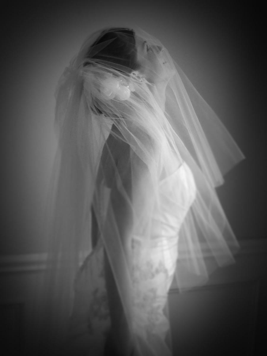 Hochzeit - Wedding bridal veil, Hair accessories for the bride, bridal piece, white or ivory,