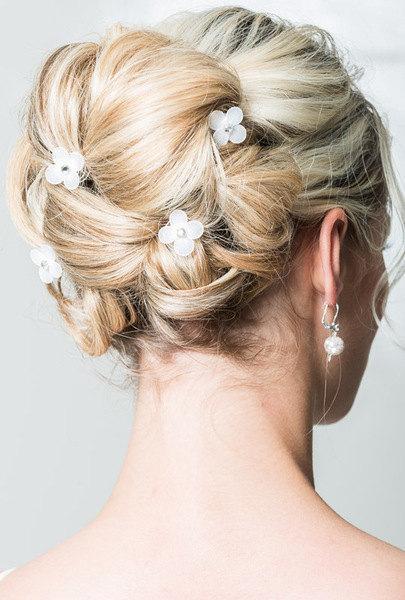 Wedding - White hydrangea bridal hair pins, Wedding hair pins, Crystals hair pins, Bridal flower hair clip, Bridal flower pins, Wedding flower pins