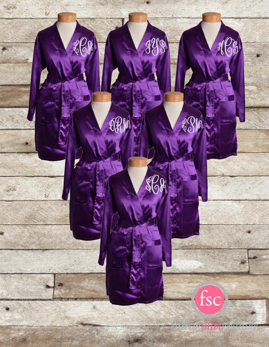 زفاف - Set of 4 Monogrammed Bridesmaid robes , satin wedding robes , bridesmaid gifts , personalized wedding robes , monogrammed satin robe