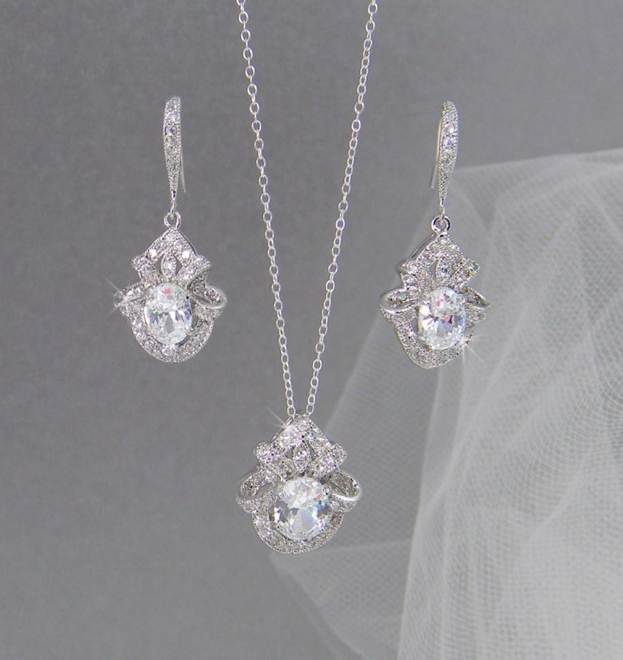 Mariage - Crystal Bridal Jewelry SET, Crystal Pendant, Crystal earrings, Wedding Jewelry, Bridal Necklace, Gabrielle Crystal SET