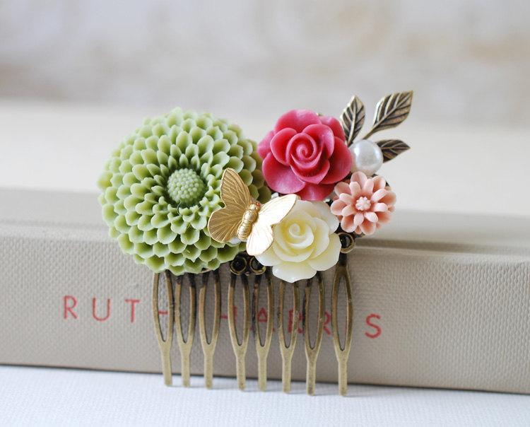 Свадьба - Sage Green Large Chrysanthemum, Pink Ivory Rose, Dusky Pink Daisy, Leaf Flower Collage Hair Comb. Statement Hair Comb, Bridesmaids Gift