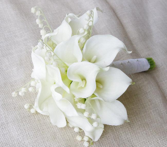 Natural Touch Calla Lilies Bouquet In Off White