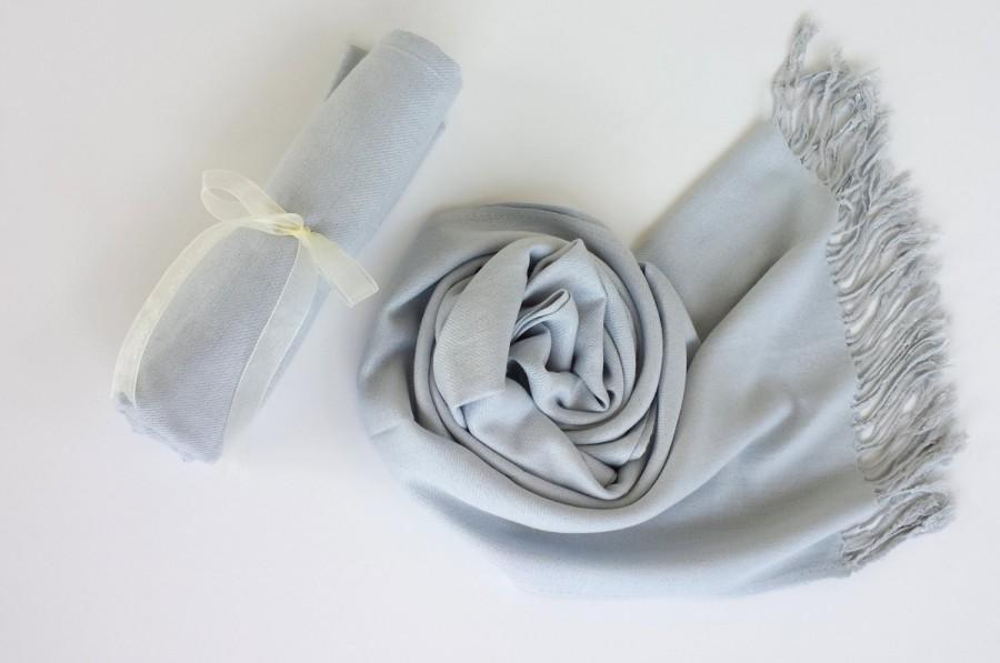 زفاف - SILVER GRAY ( Light Gray ) Pashminas. Bridesmaid Silver Gray Shawl. Pashmina Scarf. Wedding Favor