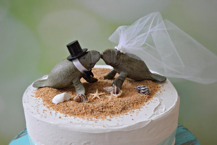 Свадьба - Manatee couple wedding cake topper-Beach wedding-Beach wedding topper-destination wedding-Manatees-wedding cake topper