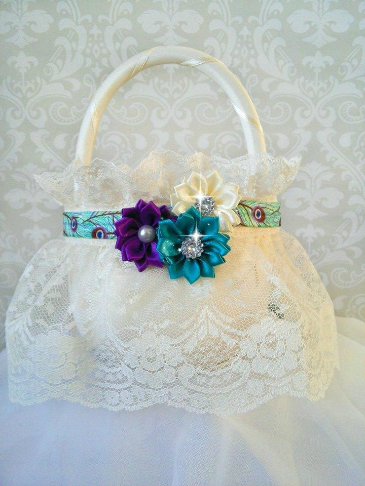 Mariage - Peacock Ivory Lace Flower Girl Baskets, Peacock Wedding, Peacock Flower Girl Basket