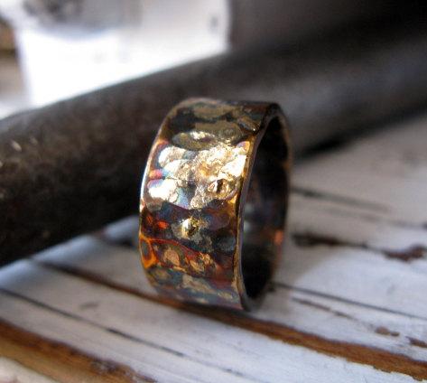 زفاف - Rustic Mens Wedding Band Oxidized Sterling Silver with Yellow Gold 10mm Width Hammered Texture Wedding Ring or Commitment Ring
