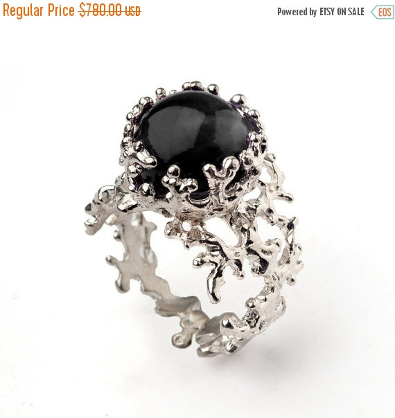 ON SALE   CORAL 14k White Gold Onyx Ring, Black Onyx Engagement Ring,  Unique Gold Ring, White Gold Gemstone Ring