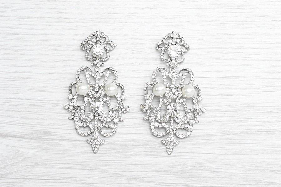 زفاف - Exquisite crystals earrings.  Vintage style bridal pearl chandelier earrings. Luxurious crystals earrings for bride to be. Wedding earrings
