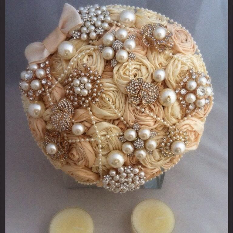 Hochzeit - Ivory and champagne satin ribbon rose brooch bouquet. Fabric brooch bouquet. Brooch bouquet. Ribbon rose bouquet. Champagne brooch bouquet