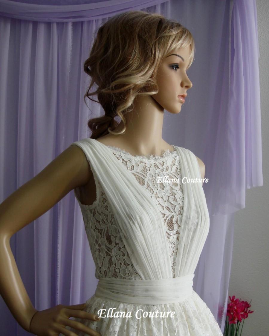Wedding - Elise - Vintage Inspired Lace Wedding Dress.