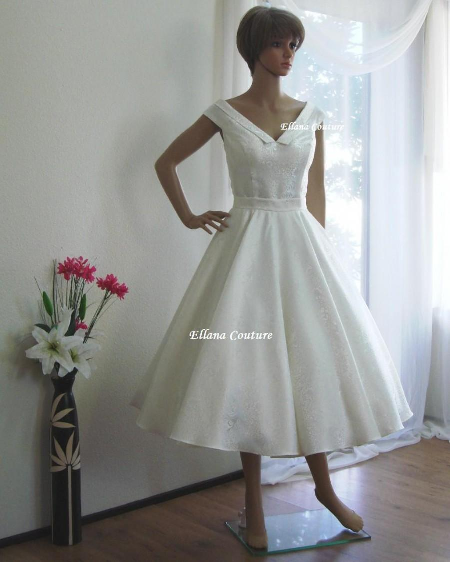Vivian - Vintage Inspired Tea Length Wedding Dress. Retro Ivory ...