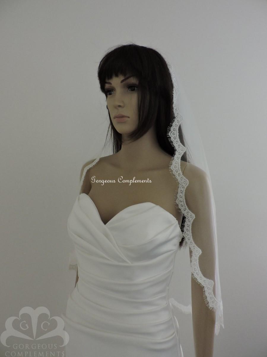 Свадьба - Mantilla Bridal Veil with Alencon Style Lace Choose Length/Color