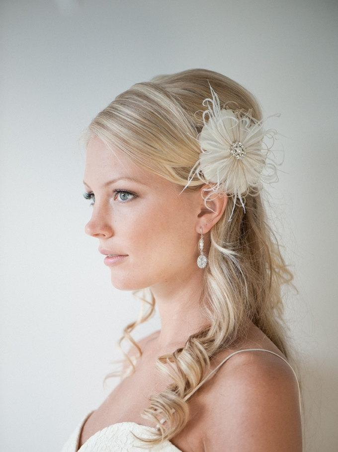Wedding Hair Accessory Feather Hair Clip Wedding Fascinator Bridal Headpiece Ivory And Light
