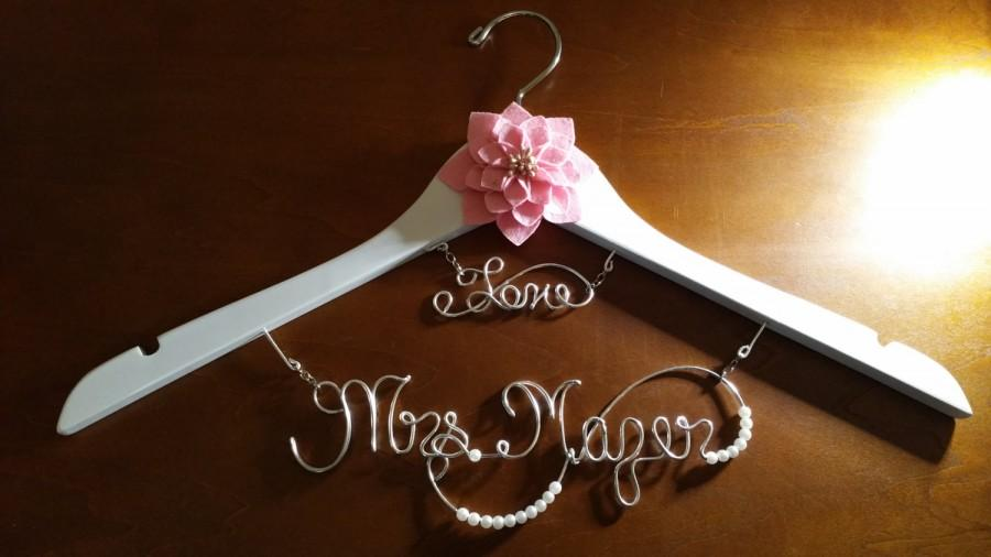Wedding - Bridal Hanger with Date for your wedding pictures, Personalized custom bridal hanger, brides hanger, Bridal Hanger, Wedding hanger, Bridal