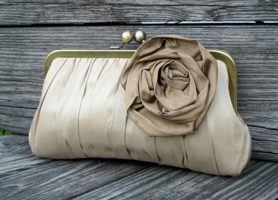 Mariage - Gathered Kisslock Clutch w/ Large Rose (CHOOSE YOUR COLORS)