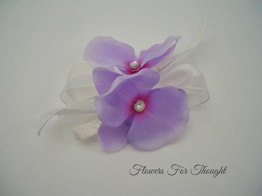Свадьба - Purple Orchid Corsage, Silk Wedding Flower, Swarovski Crystals, Prom, Homecoming, Anniversary, Mother of Bride or Groom