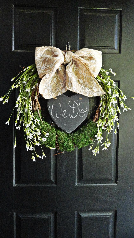 Mariage - Rustic Wedding Wildflower Wreath, Wreath With Chalkboard, Heart Wreath, Lace and Burlap Wreath, Wedding Decoration, Moss and Burlap Wedding