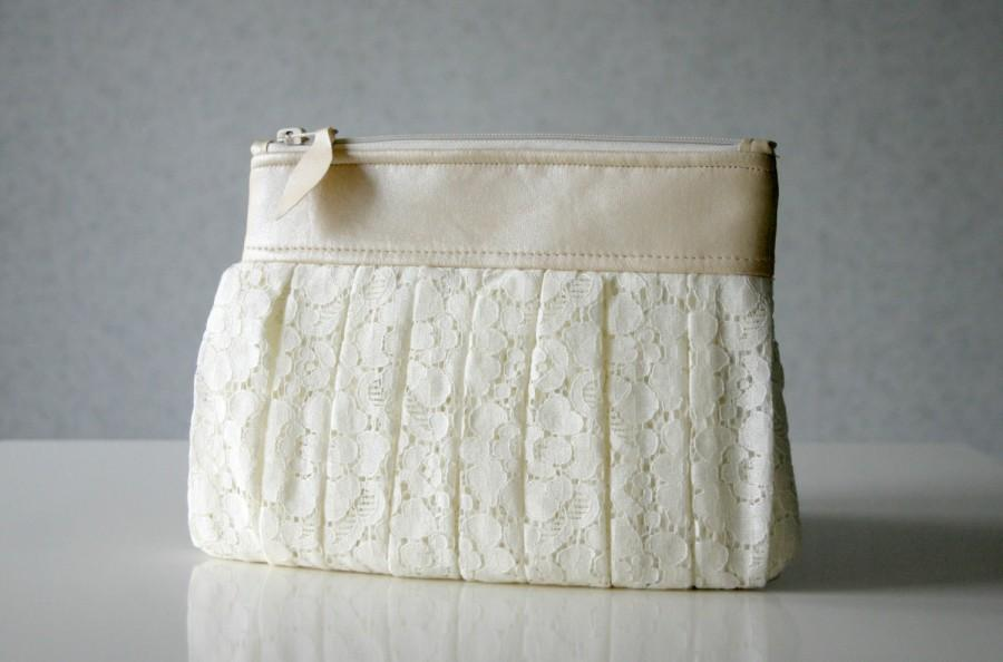 Hochzeit - Bridal lace and leather Ruched clutch pleated lace pearl effect leather