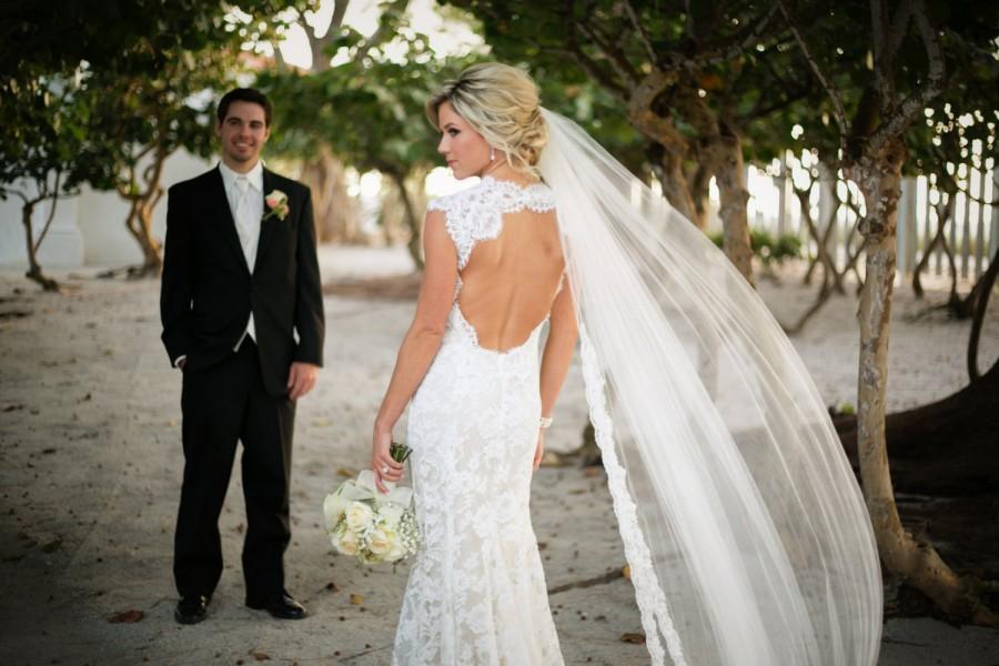Hochzeit - Alencon Lace Wedding Veil
