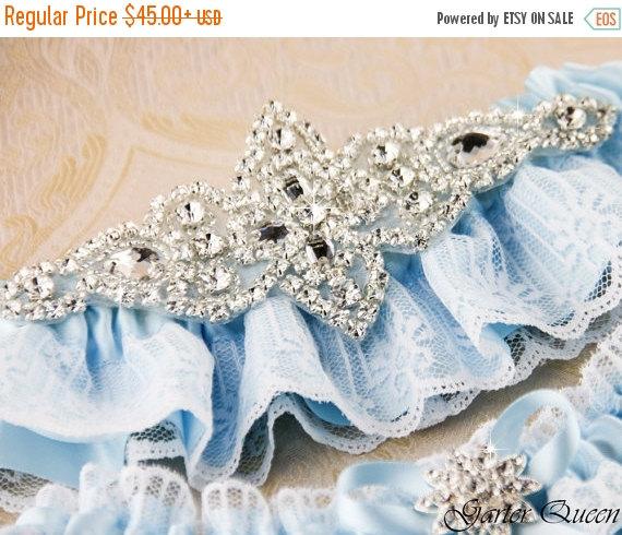 Mariage - SALE  20% OFF Wedding garter set, Ivory stretch lace Bridal Garter set, Heirloom Rhinestone and Crystal garters