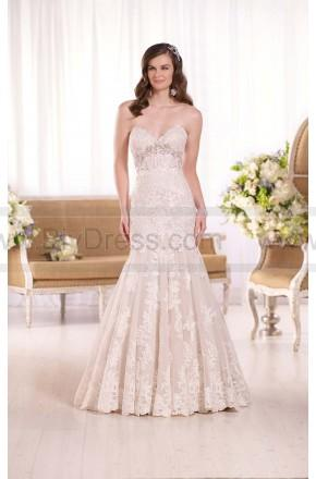 Wedding - Essense of Australia Fit-And-Flare Strapless Wedding Dress Style D2042