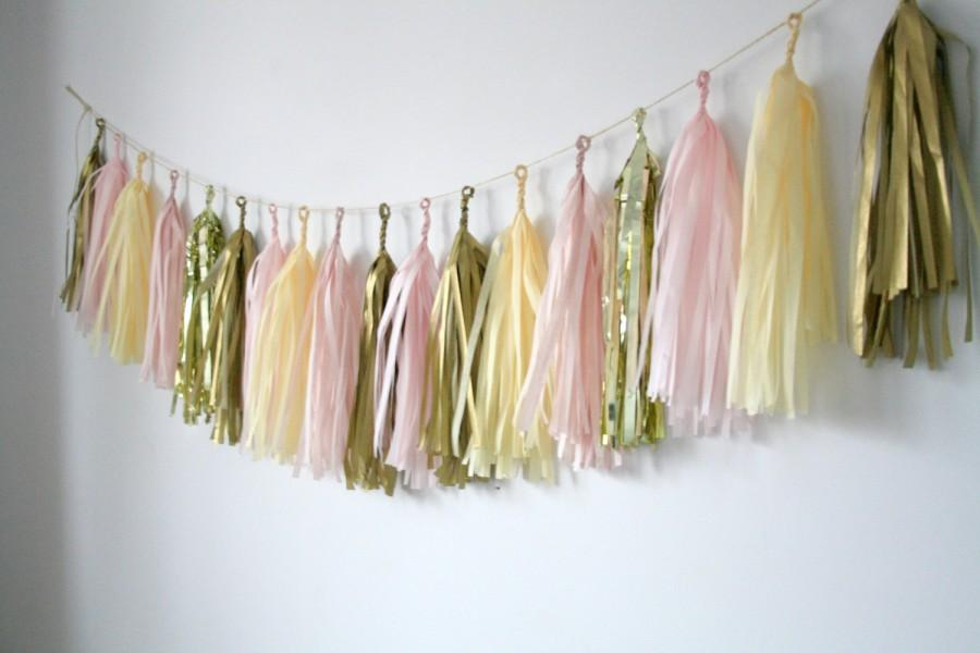 Свадьба - Gold, Blush Pink, Champagne Tassel Garland - Nursery Decor . Gender Reveal Party . Baby Shower Decorations