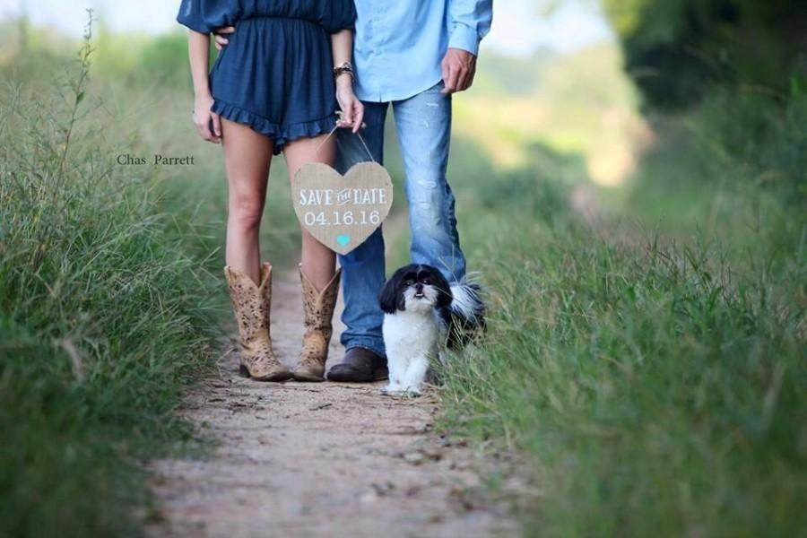 Wedding - Save the Date Burlap Heart Banner For Wedding Announcements to include your dog/cat/furry friends in the photo op
