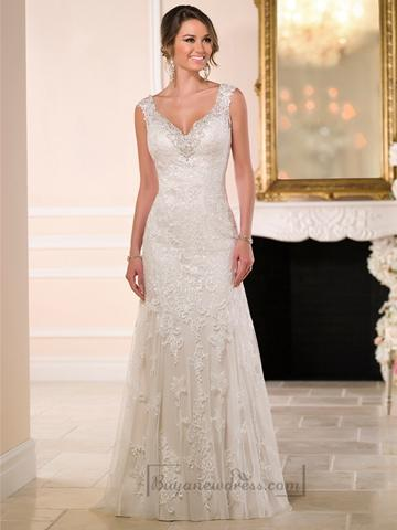 Свадьба - Diamante Adorn Sweetheart Straps Lace Wedding Dresses with V-back