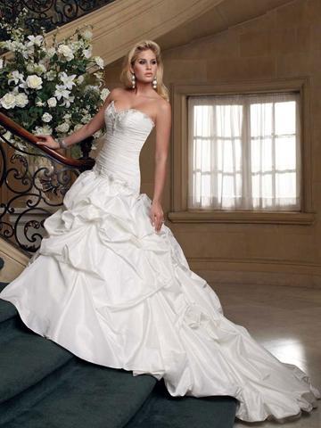زفاف - Strapless Taffeta Sweetheart Ball Gown Wedding Dress with Full Pick-up Skirt