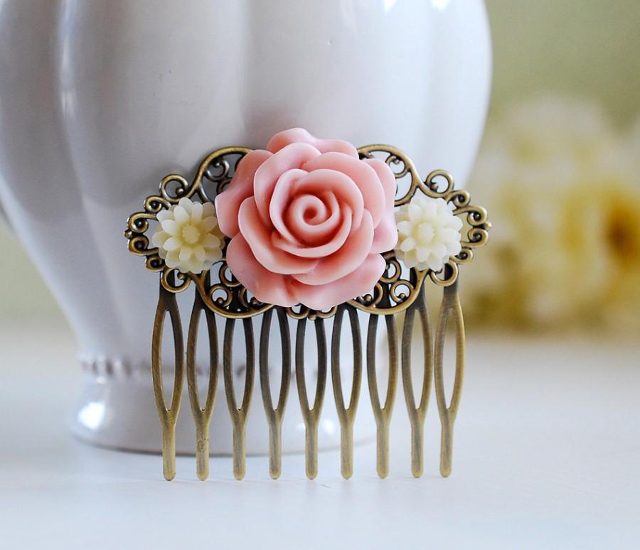 Hochzeit - Pink Rose Ivory Daisy Bridal Hair Comb, Ivory and Pink Wedding Hairpiece, Wedding Hair Comb, Antique Brass Filigree Collage Hair Comb