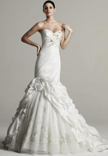 Свадьба - Taffeta Strapless Sweetheart Mermaid Elegant Wedding Dress with Tulle Skirt and Ruffled Train
