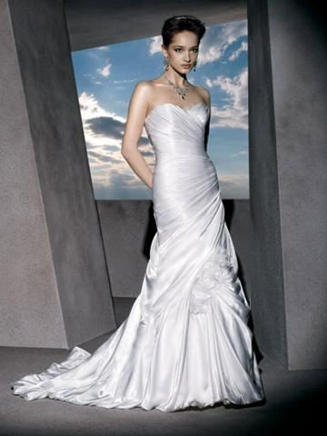Свадьба - Classic Trumpet Satin Strapless Bridal Gown with Ruched Sweetheart Neck and Lace-up Back