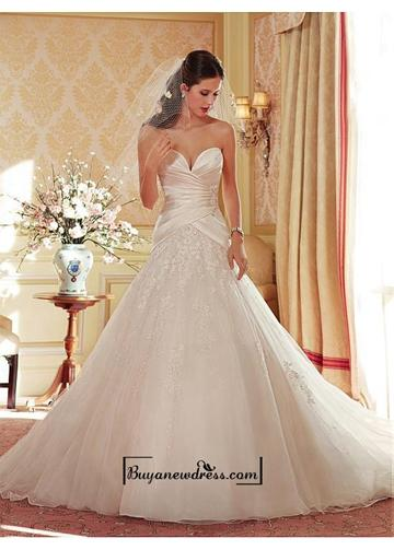 Свадьба - Alluring Organza & Tulle & Satin Sweetheart Neckline Natural Waistline Ball Gown Wedding Dress