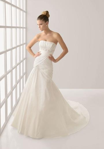 Свадьба - Pleated Taffeta Strapless Mermaid Elegant Wedding Dress