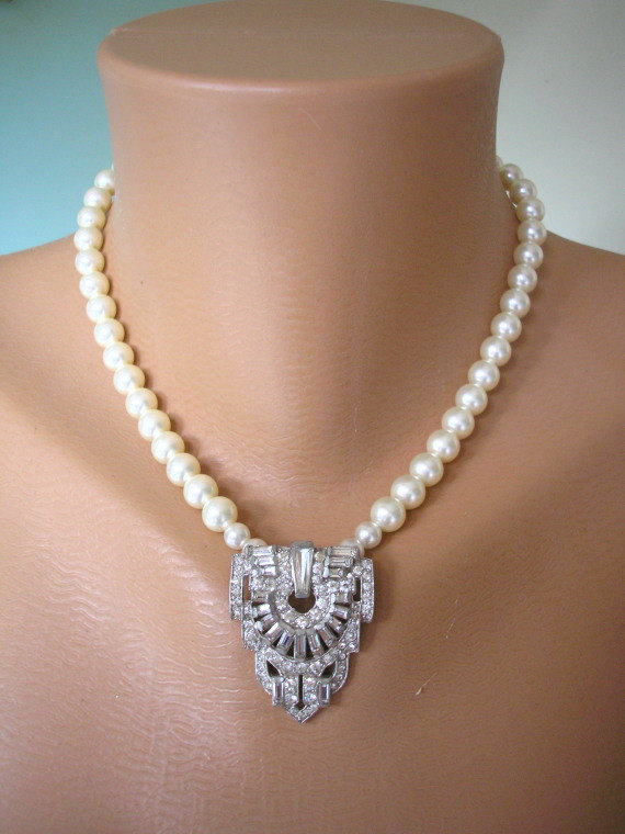 Mariage - ART DECO Jewelry, Great Gatsby, Swarovski Pearls, Pearl Necklace, Pearl Jewelry, Mother of the Bride, Wedding Necklace, Bridal Jewelry