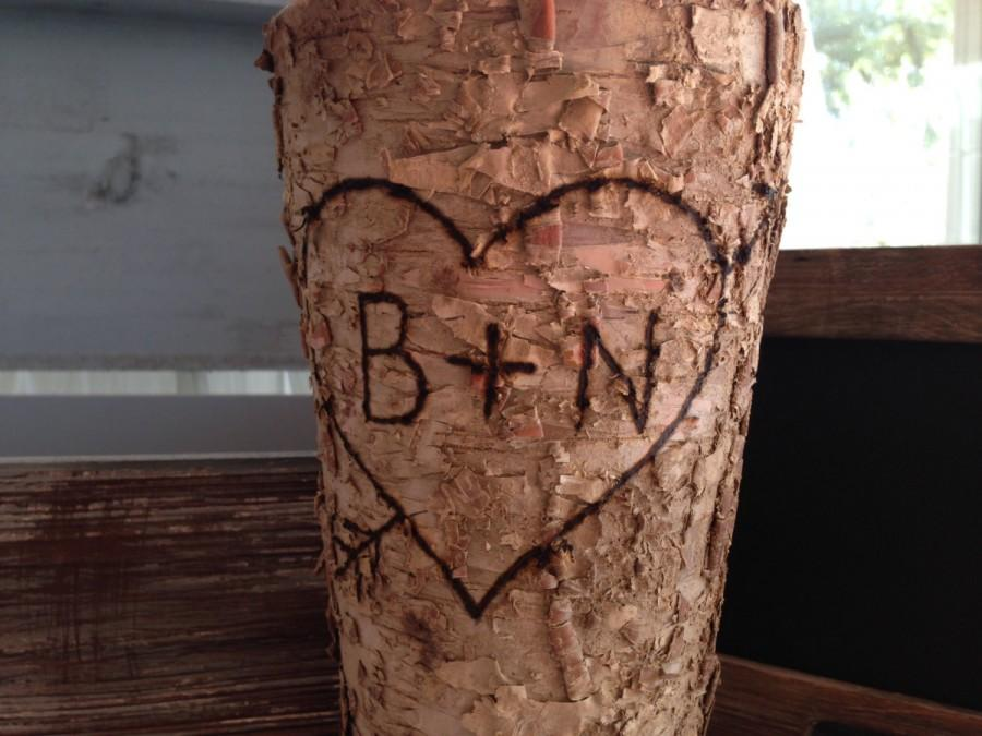 Mariage - Birch Vase-rustic vase-personalized vase-monogrammed vase-custom-bark vase-wood-vase-wood vase-birch-rustic-wedding-bridal-decor-wedding