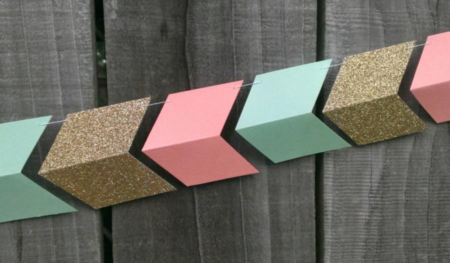 Mariage - Peach, Mint Green & Gold Paper Arrow Garland, Coral, Wedding Garland, Chevron Garland